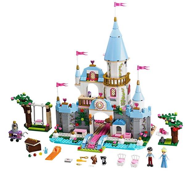 10. Lego Chateau de Cendrillon