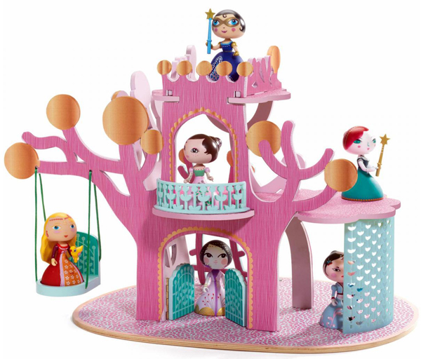 Ze Princess Tree, 57,10 €. Arty Toys, Djeco. https://www.borntobekids.fr